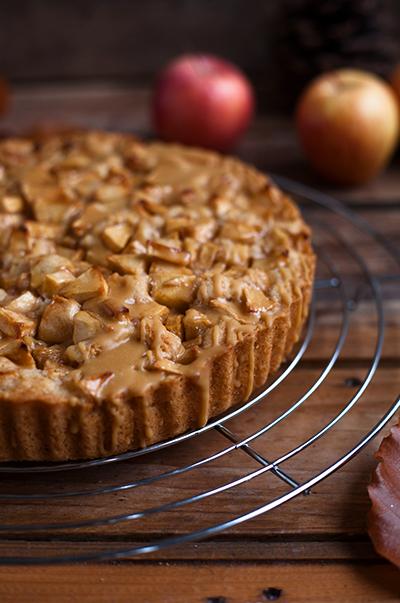 Apfelkuchen mit salted caramel vegan